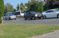 Moment kolizji dwóch aut w Gdyni