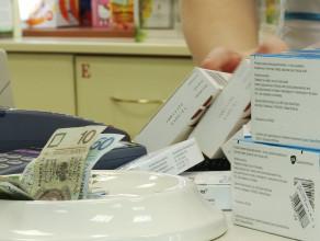 Czym spowodowany jest chaos w aptekach?