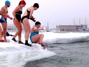 Do wody w środku zimy
