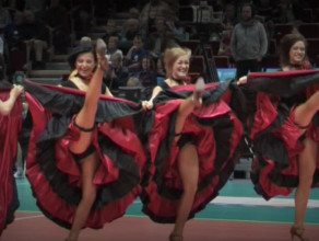 Cheerleaders Flex 4