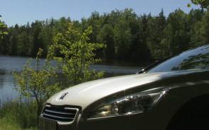 Elegancka hybryda. Pomysł Peugeota