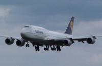 Lądowanie boeinga z reprezentacją Niemiec w Rębiechowie