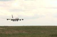 Lądowanie boeinga 747-8 w Porcie Lotniczym Gdańsk
