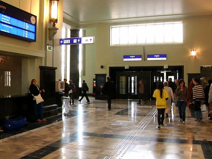Dworzec PKP w Gdyni po remoncie.