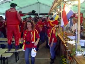 Hiszpanie bawią się na Głównym Mieście w Gdańsku