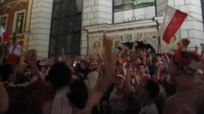 Po meczu Polska - Czechy; kibice na Długim Targu