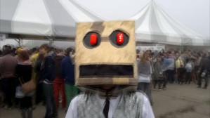 Wywiad z robotem z teledysku LMFAO