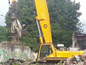 Burzenie budynku dawnego Biura Projektowego