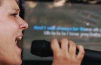 Fani karaoke w akcji