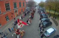 Parada Niepodległości widziana z podnośnika