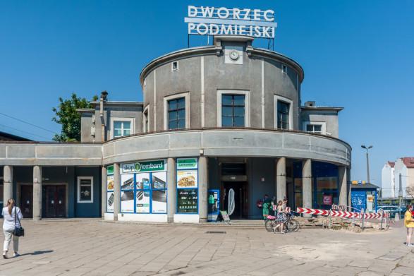 Remont dworca SKM w Gdyni coraz bliżej
