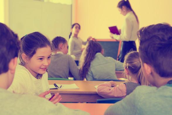 Ile kosztuje rodziców bezpłatna edukacja?