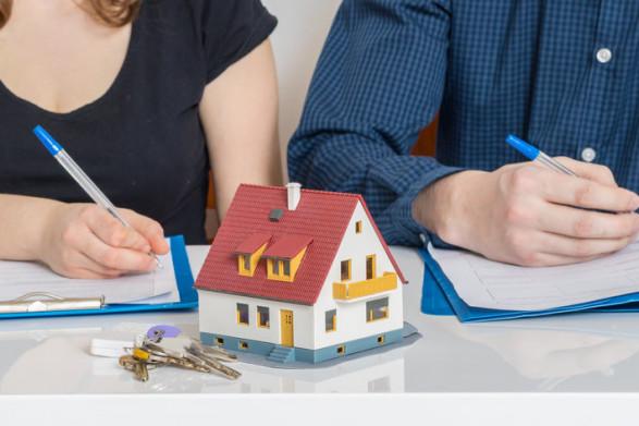 Kredyt hipoteczny przed czy po ślubie?