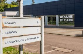 Dealer stracił autoryzację. Pusty salon w Sopocie