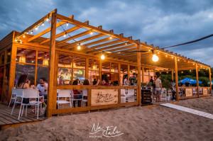 Na Fali Beach Bar