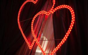 Miłosne uniesienia dla zakochanych w C.H. Wzgórze