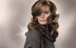 Włosy pod kontrolą: klasyka zawsze w modzie