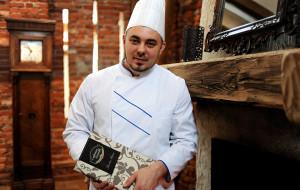 Cedrowy Dworek - nowa kuchnia żuławska w odrestaurowanej stajni