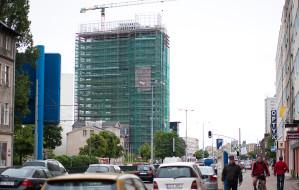 Wiecha na najwyższym budynku w Gdańsku. Neptun we Wrzeszczu ma już 84,7 m