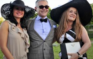Letnia Gala Biznesu, czyli kapelusze i muszki na Hipodromie