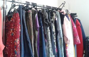 Ciucholandy, lumpeksy, szmateksy, second-handy... Odwiedziliśmy sklepy z używaną odzieżą