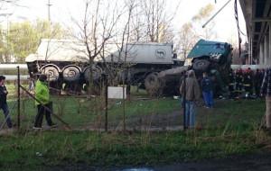 Ciężarówka spadła z Estakady Kwiatkowskiego