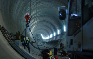 TBM minął półmetek drugiej nitki tunelu pod Martwą Wisłą
