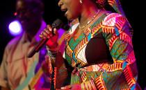 Muzyczna globtroterka i afrykańska diva....