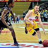 Koszykarze Trefla pokonali Czarnych