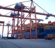 Poznaj pracę terminalu kontenerowego w Gdyni