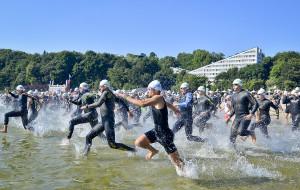 Pół tysiąca triathlonistów w sprincie w Gdyni