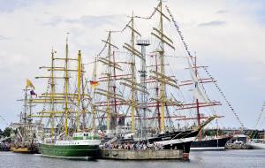 Tłumy na zlocie żaglowców w Gdyni