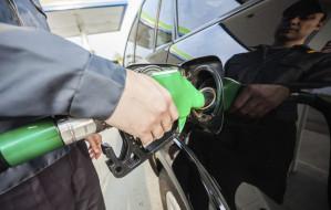 Cena oleju napędowego w Trójmieście spadła poniżej 5 zł