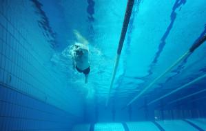 Ile zapłacisz i gdzie znajdziesz wolną pływalnię?