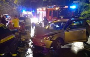 200 zł grzywny za czołowe zderzenie bez prawa jazdy