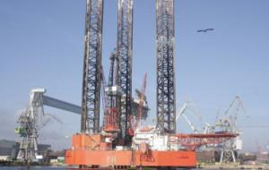 Nie będzie większego wydobycia ropy na Bałtyku? Niejasna sytuacja wokół remontu platformy Lotosu