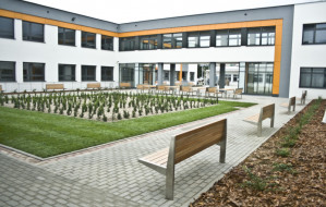 Śledztwo w sprawie szkoły w Kokoszkach umorzone