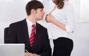 Praca zbliża. Intymne relacje w biurze