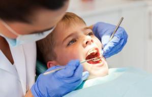 Niewielu szkolnych stomatologów w Trójmieście