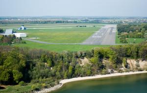 Niespodziewanie rząd wesprze Gdynię w sporze o lotnisko