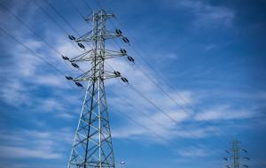 Gdynia i Gdańsk kupują prąd coraz taniej