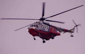 Śmigłowiec ewakuował członka załogi promu Wawel