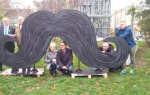 """Akcja """"Movember"""": wąsy przypominają o badaniach profilaktycznych"""