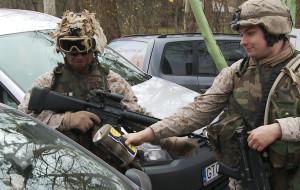 Charytatywna zbiórka w militarnym klimacie