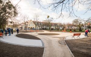 Rada dzielnicy odnawia skwer na Chełmie