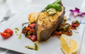 Smaki deluxe: soczysty halibut