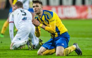 Bitwa na boisku, święto na trybunach w Gdyni