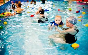 Woda w pływalniach musi być czystsza. Szkółki przetrwają?