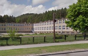 Ktoś zaczepia dzieci przed szkołą? Policja sprawdzi sygnały od rodziców