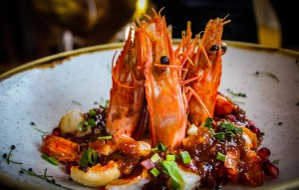 Nowe lokale: restauracja na hipodromie, kuchnia tajska, nowe lodziarnie